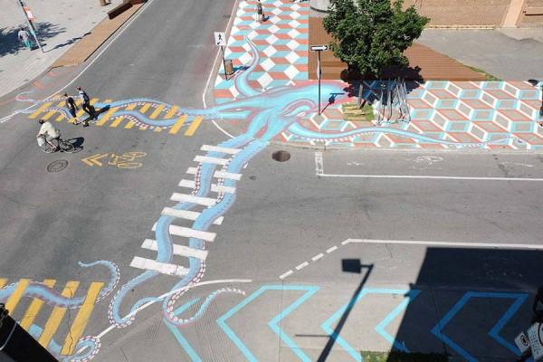 'Roadworth' เตือนภัยคนเดินเท้าและจักรยานด้วยงานศิลปะ