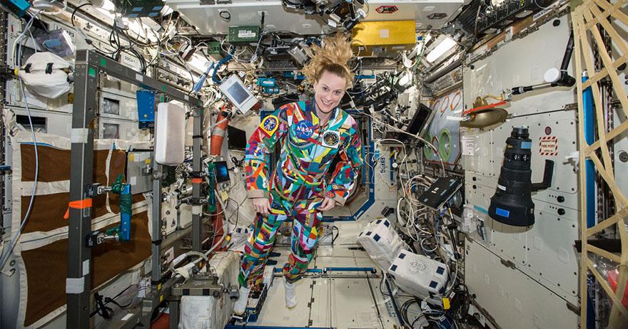Space Suit Art Project: ชุดอวกาศอาร์ตสานฝันให้เด็กต้านมะเร็งร้าย
