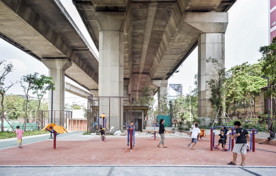 'ลานกีฬาพัฒน์ 2' จากพื้นที่รกร้างสู่พื้นที่ใช้สอยของคนในชุมชน