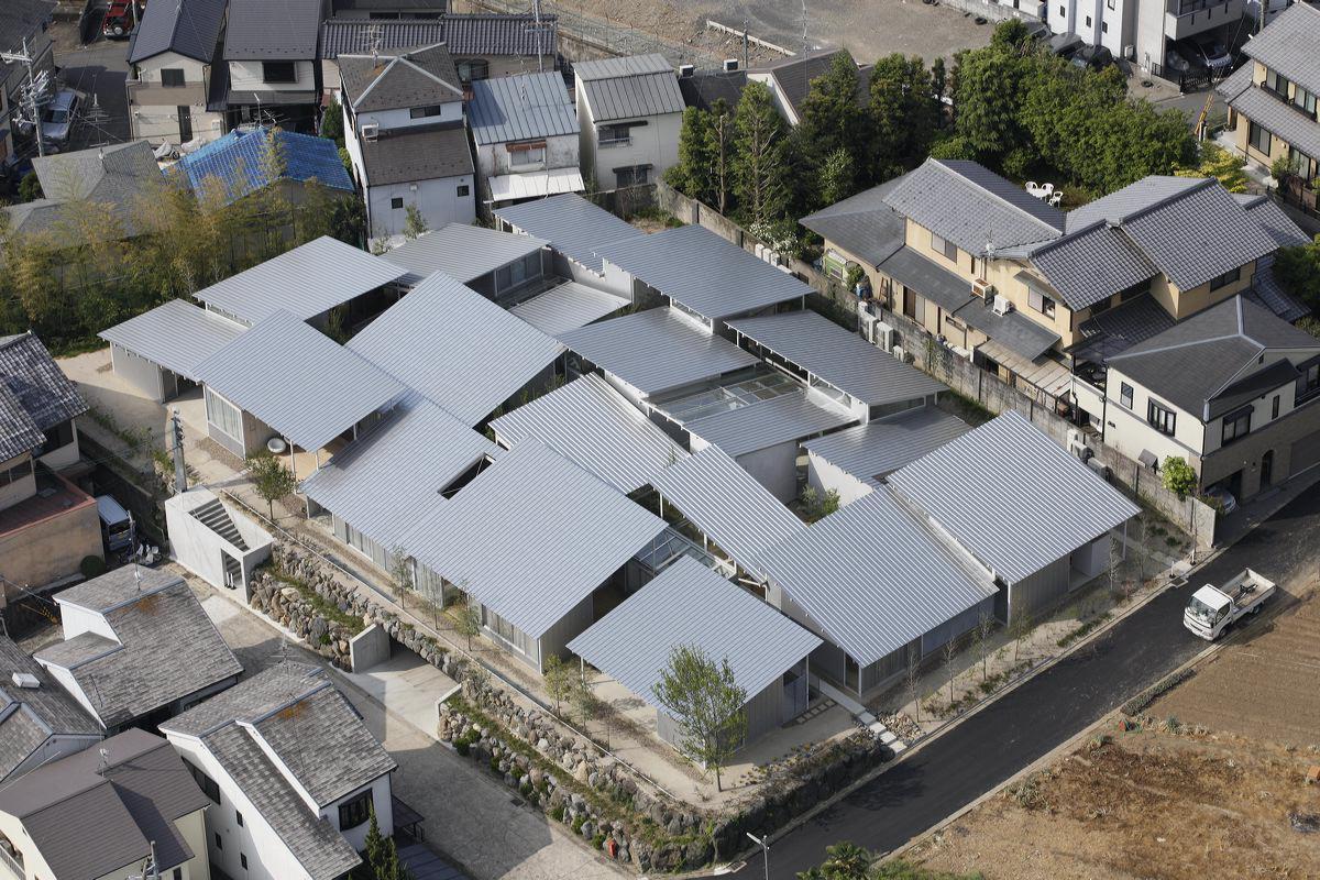 Nishinoyama House บ้านเล็กสิบหลังในพื้นที่สุดจำกัดของญี่ปุ่น