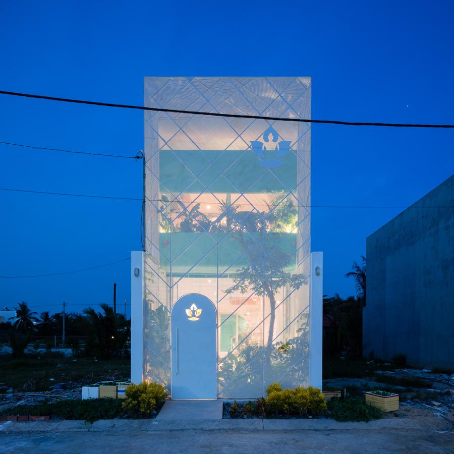บ้านเล็ก-7คน-มีสวน-ราคาถูก: ข้อจำกัดที่สถาปนิกเวียดนามจัดให้ได้แบบสวยๆ