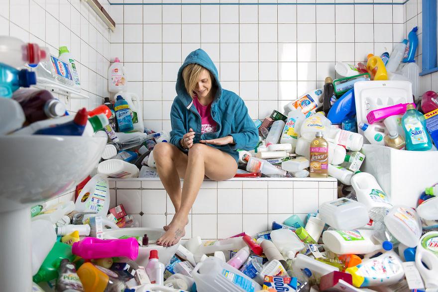 365 UNPACKED: ภาพถ่าย 4 ปีกับขยะในชีวิตประจำวัน กระตุ้นเตือนสังคมทบทวนการบริโภค