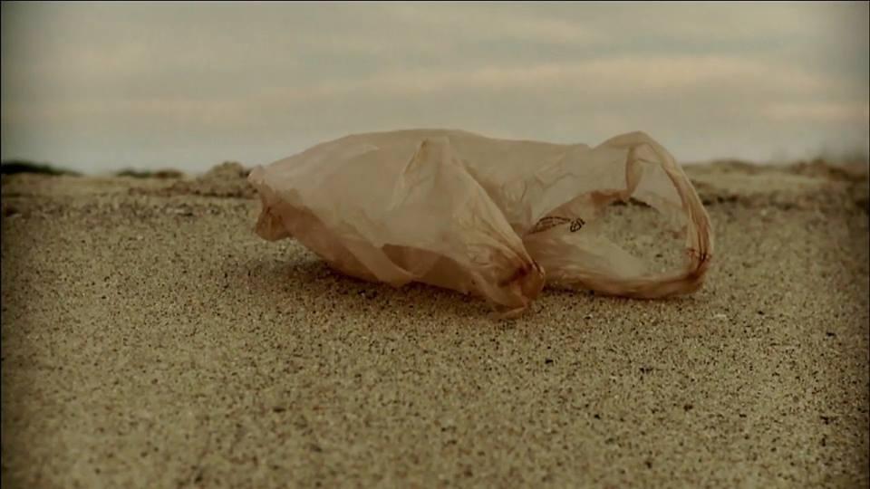 Plastic Bag: การเดินทางของถุงพลาสติกผู้เป็นอมตะ