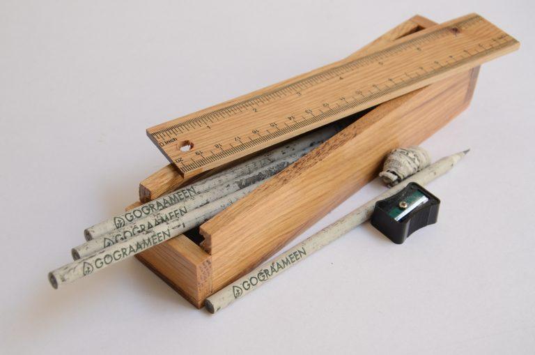 ดินสอจากหนังสือพิมพ์เหลือใช้ ลดขยะ ลดการตัดไม้ ลดคาร์บอนฟุตพริ้นท์