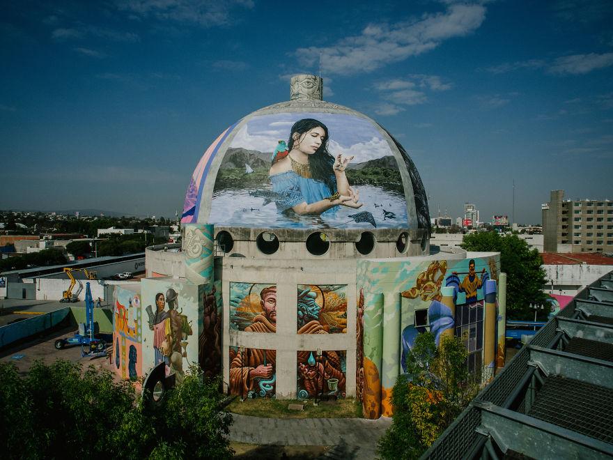 Water is One: ศิลปินสตรีทอาร์ตสร้างสรรค์ศิลปะบนท้องถนนชวนปกป้องท้องทะเล