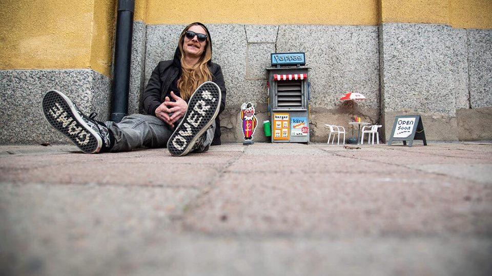พิกเซลอาร์ตโดยศิลปิน Pappas Pärlor สร้างรอยยิ้มให้สังคมคิ้วขมวด