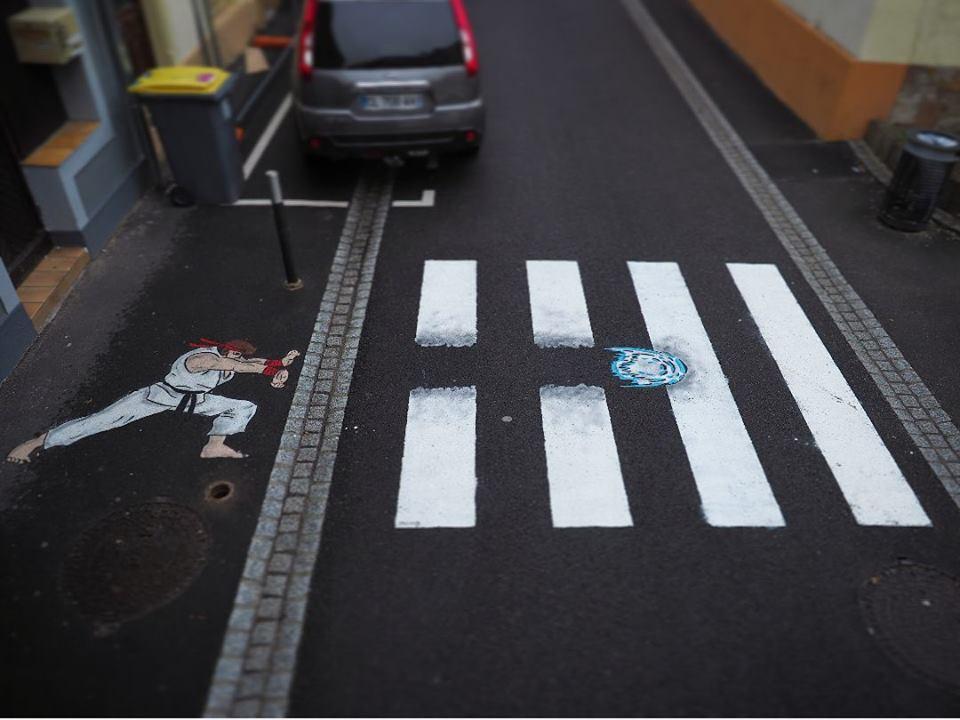 ทางม้าลายอาร์ทๆ ชวนข้ามถนนอย่างมีศิลปะ คนข้ามก็สนุก ขับรถผ่านก็อยากจอด