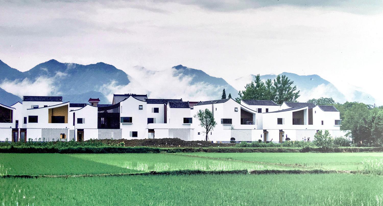 บ้านเอื้ออาทรในชนบทจีน ความลงตัวระหว่างโลกสถาปัตย์ งบประมาณรัฐ และหัวใจชุมชน
