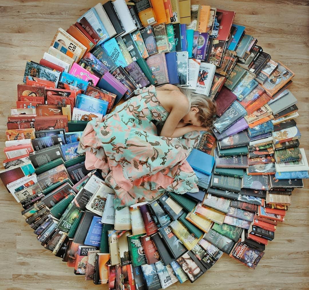 Bookstagrammer ชวนรักการอ่านแบ่งปันเรื่องหนังสือผ่านภาพถ่ายอาร์ตสวยๆ