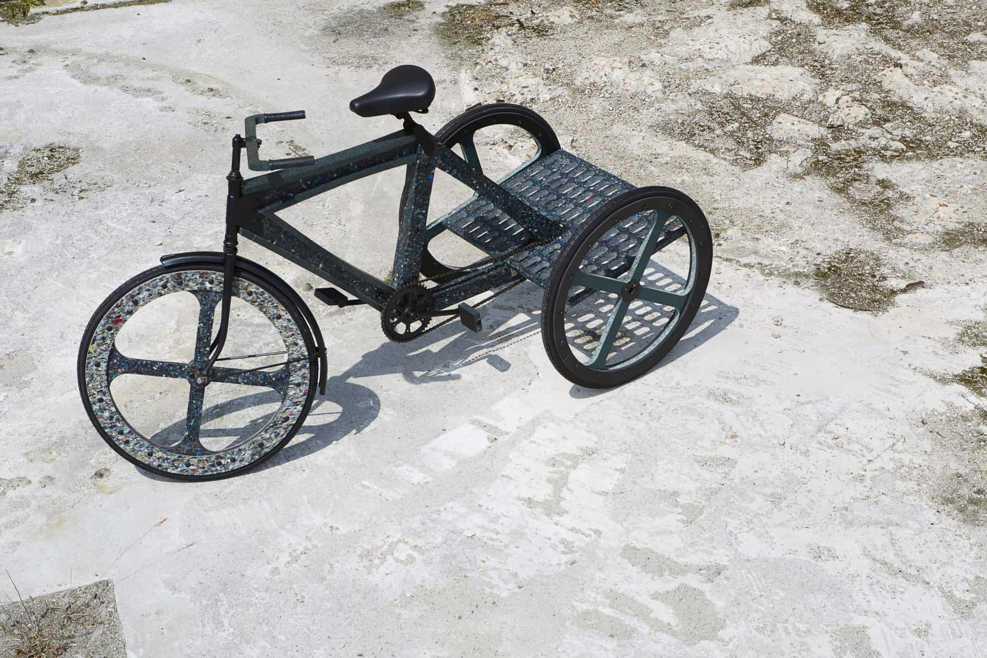 จักรยานสามล้อจากพลาสติกรีไซเคิล ต้นทุนต่ำ ผลิตได้เองด้วยอุปกรณ์ง่ายๆ