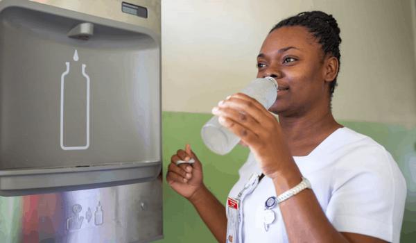 'Source' อุปกรณ์ผลิตน้ำดื่มสะอาดจากอากาศ ช่วยเหลือคนพื้นที่ห่างไกล