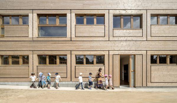 โรงเรียนใหม่จากวัสดุเก่า ลดการสร้างขยะ ผสมผสานสถาปัตยกรรมพื้นถิ่น