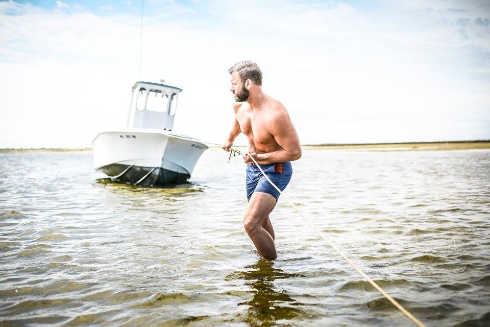 BLUEBUCK แบรนด์กรีนๆ ผลิตกางเกงว่ายน้ำจากขยะพลาสติกในมหาสมุทร