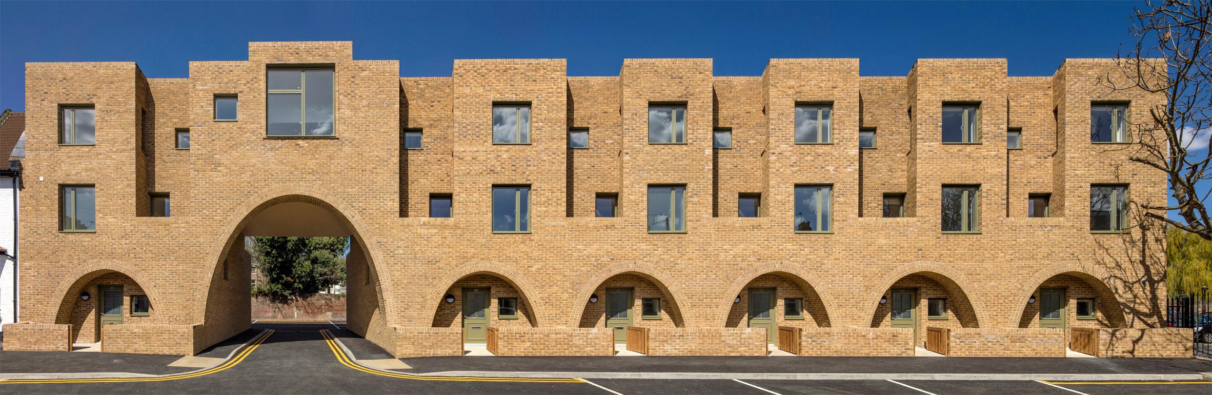 บ้านแถวขนาดย่อมในลอนดอน ไม่ใช่แค่ที่อยู่อาศัยแต่คือการออกแบบวิถีชีวิตของผู้ใช้งาน