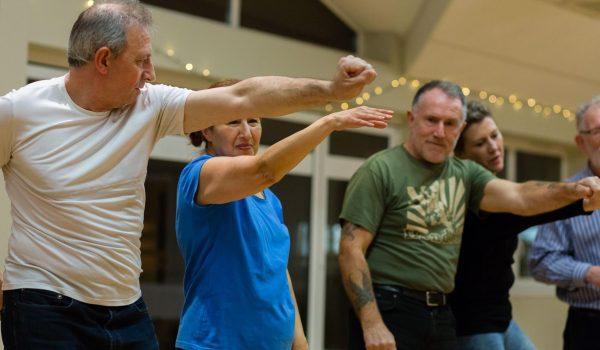 Popping for Parkinson's ป๊อบปิ๊งแด๊นซ์ช่วยบรรเทาอาการเจ็บป่วยจากโรคพาร์กินสันได้
