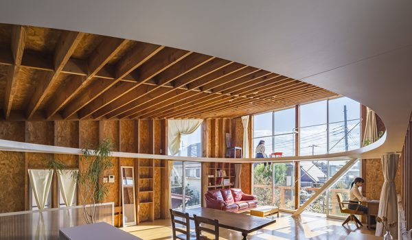 Ceiling and Ellipse House ในญี่ปุ่น คำตอบใหม่บนพื้นที่เดิม ไม่ต้องรื้อใหญ่เพื่อสร้างเยอะ