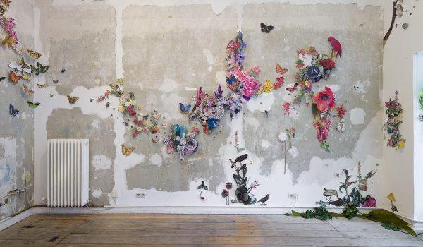 Clare Celeste ศิลปินคอลลาจ ตัดกระดาษสรรค์สร้างป่าไม้และระบบนิเวศเชิงศิลปะชวนให้หลงใหล